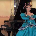 """La cantante boliviana Gian-Carla Tisera dall'album """"Nora La Bella"""" – """"Señora Chichera"""""""